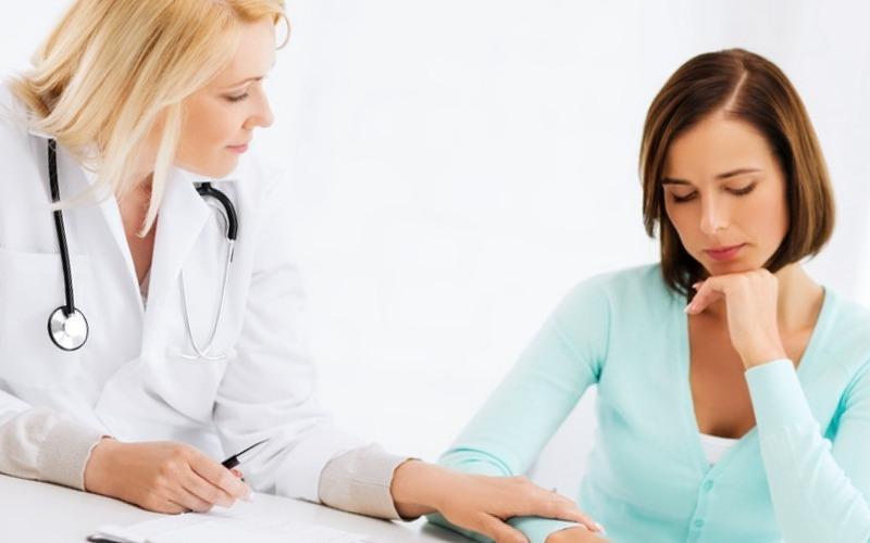 Какой врач занимается лечением герпеса